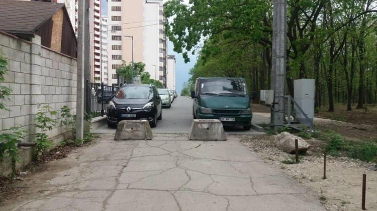 Cale de acces blocată ilegal / sursa: chisinau.md